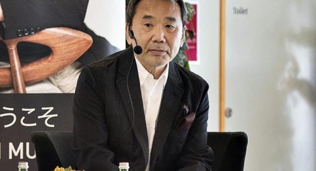 Dlaczego Murakami nie zaprzyjaźni się z pisarzem?