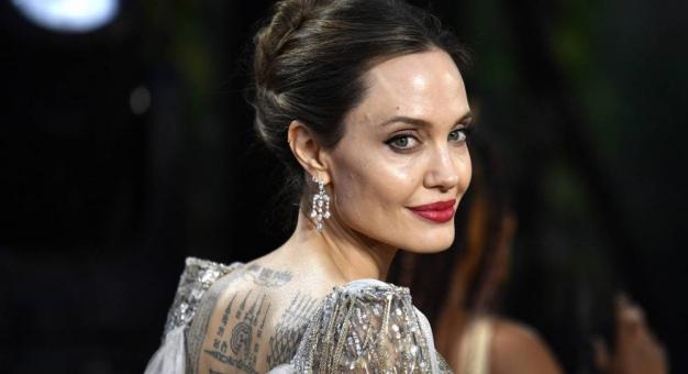 Angelina Jolie wyreżyseruje film o fotografie wojennym Donie McCullinie