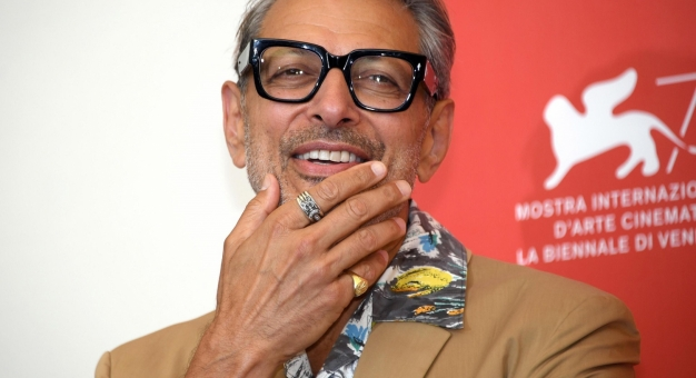 Jeff Goldblum - ikona stylu, która kocha modowe absurdy