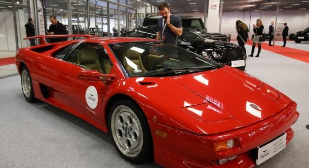 Lamborghini Diablo, którym jeździł James Bond, jest do kupienia