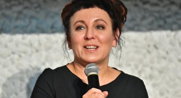 Olga Tokarczuk: pisarz, poeta może swoich przeciwników umieścić w piekle