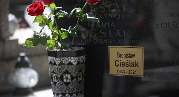 Bronisław Cieślak spoczął na cmentarzu Podgórskim