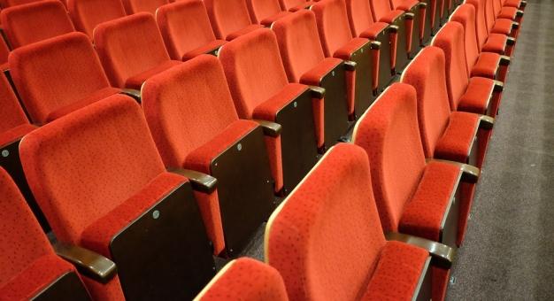 Zespół Ekspercki apeluje o utrzymanie możliwości działania teatrów z publicznością