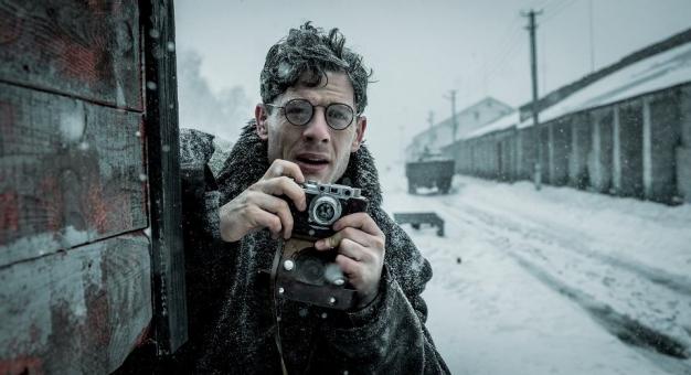 """Film """"Mr. Jones"""" Agnieszki Holland powalczy o Złotego Niedźwiedzia"""