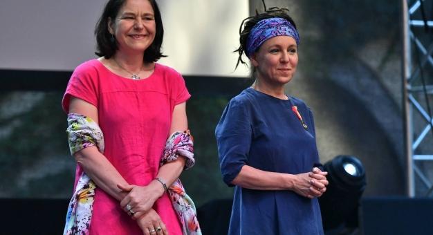 Olga Tokarczuk i Antonia Lloyd-Jones z nominacją do Bookera