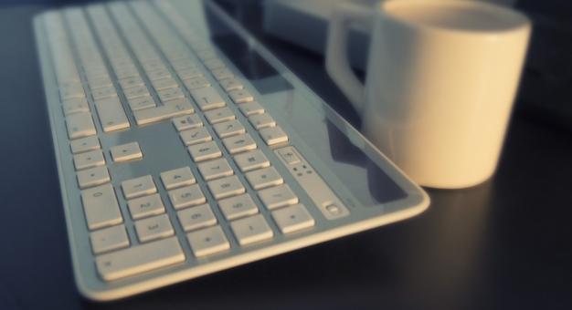 Nowy raport pokazuje, że pandemia trwale zmieniła sposób korzystania w Internetu