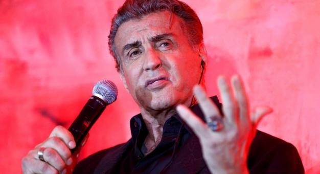 """Sylvester Stallone dołączył do obsady kontynuacji """"Legionu samobójców"""""""