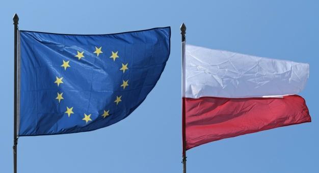 Koncerty online i iluminacje świetlne z okazji Dnia Europy