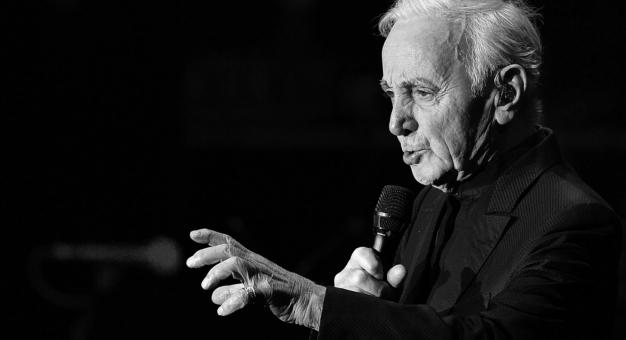 Erywański szczyt frankofonii hołdem dla Aznavoura