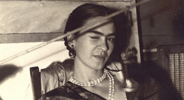 Jeśli autoportret Fridy Kahlo osiągnie na aukcji oczekiwane 30 mln dolarów, będzie najcenniejszym dziełem sztuki latynoamerykańskiej