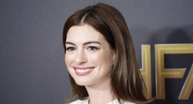 Anne Hathaway obawia się jak zostanie przyjęta jej nowa komedia o pandemii