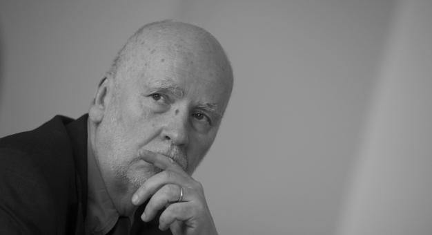 Kraków pożegnał Adama Zagajewskiego. Poeta spoczął w Panteonie Narodowym