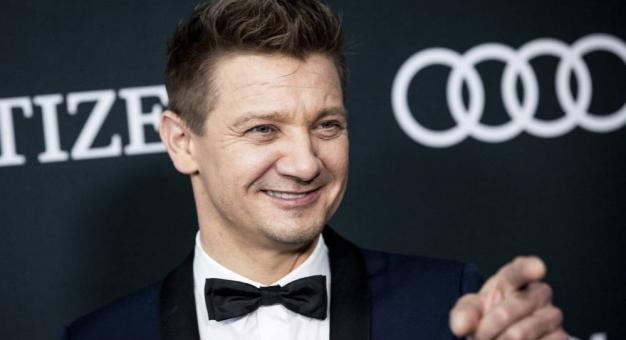 """Jeremy Renner dostał główną rolę w nowym serialu Taylora Sheridana """"Mayor of Kingstown"""""""
