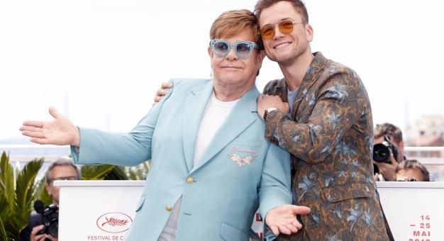 Duet Eltona Johna z aktorem grającym... Eltona Johna