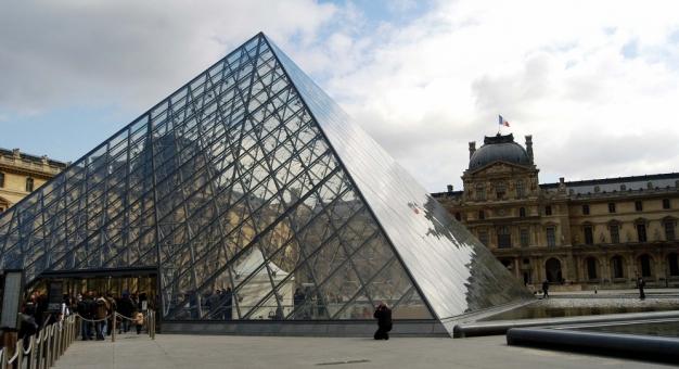Luwr odnotował 10,5 mln wirtualnych odwiedzin w czasie kwarantanny