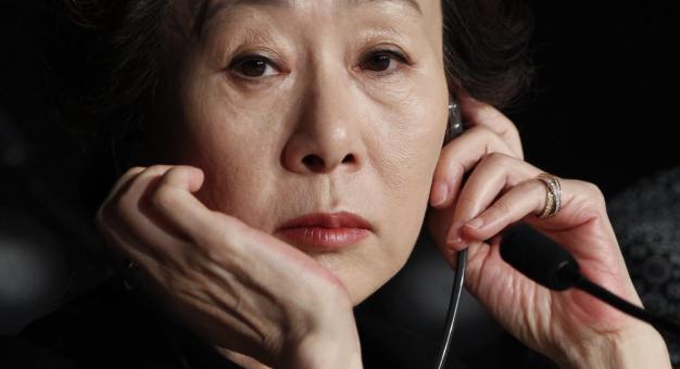 Bliscy nominowanej do Oscara koreańskiej aktorki boją się, że w Stanach ktoś ją skrzywdzi