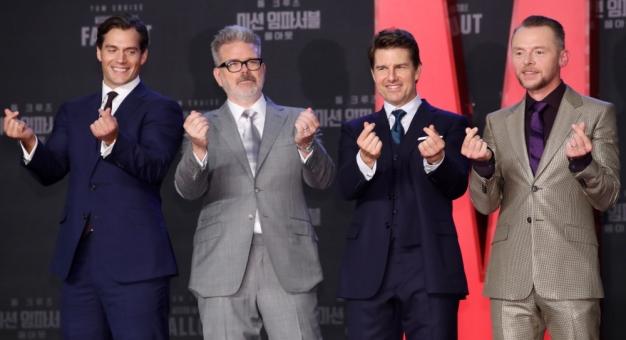 Tom Cruise ze swoją ekipą filmową zostanie zamknięty w byłej bazie RAF-u
