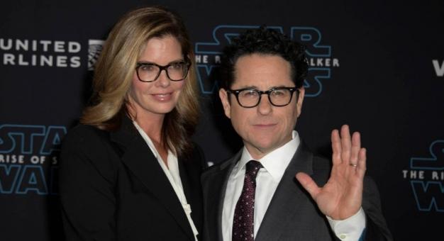 """Reżyser """"Gwiezdnych wojen"""" przekaże 10 milionów dolarów na walkę z rasizmem"""