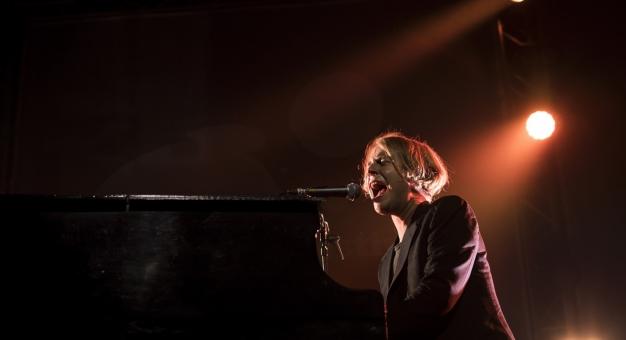 Tom Odell zaśpiewał dla Muminków