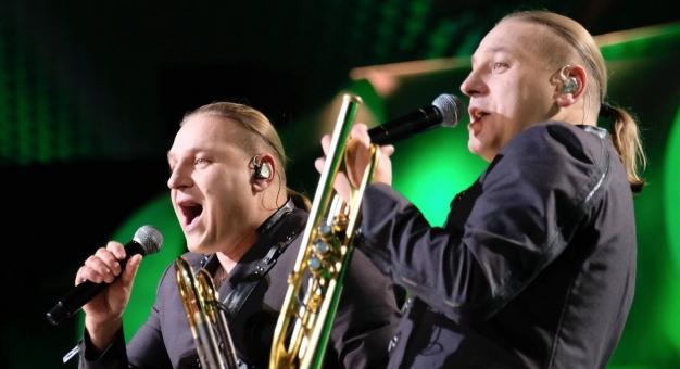 Bracia Golec zaśpiewali hymn w wersji góralskiej